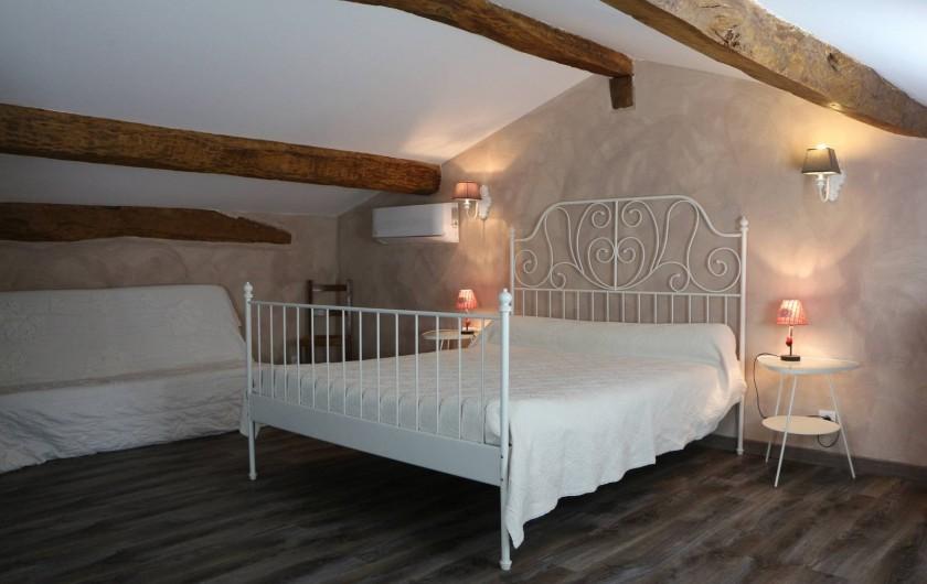 Location de vacances - Gîte à Vignonet - Chambre climatisée étage