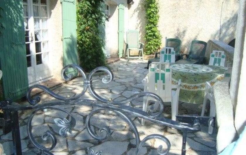 Location de vacances - Mas à Sainte-Maxime - la terrasse