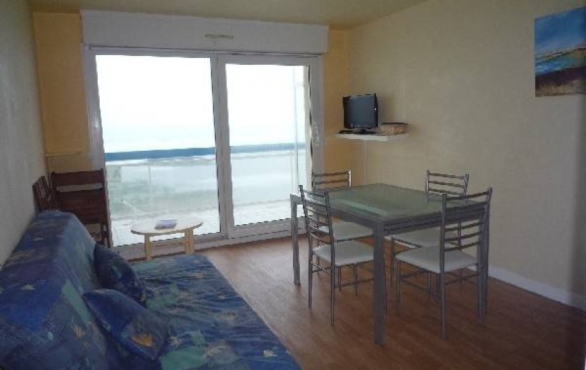 Location de vacances - Appartement à Wimereux - salle a manger avec le balcon