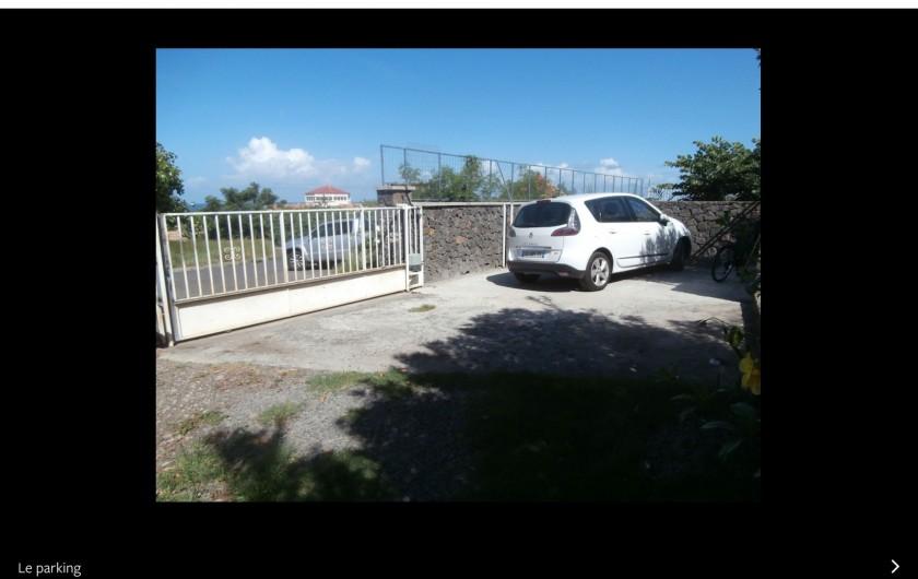 Location de vacances - Villa à Saint-Gilles les Bains - Le salon