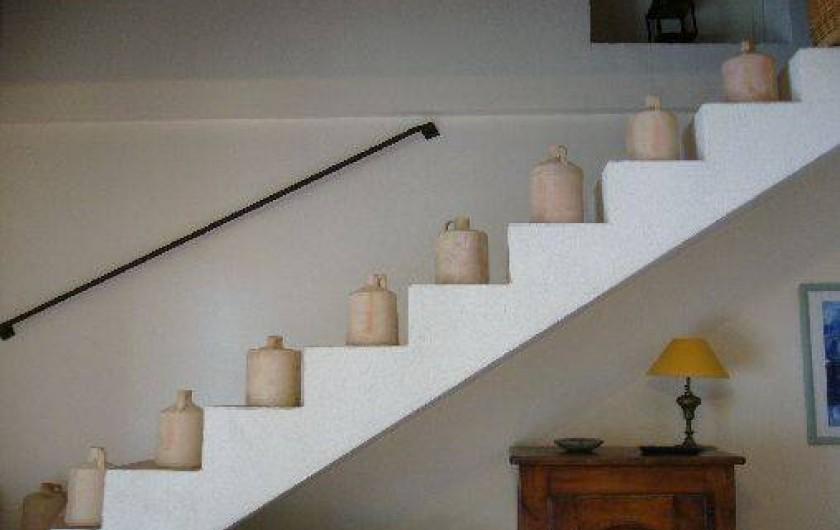 Location de vacances - Gîte à Le Beausset - montons à l'étage....