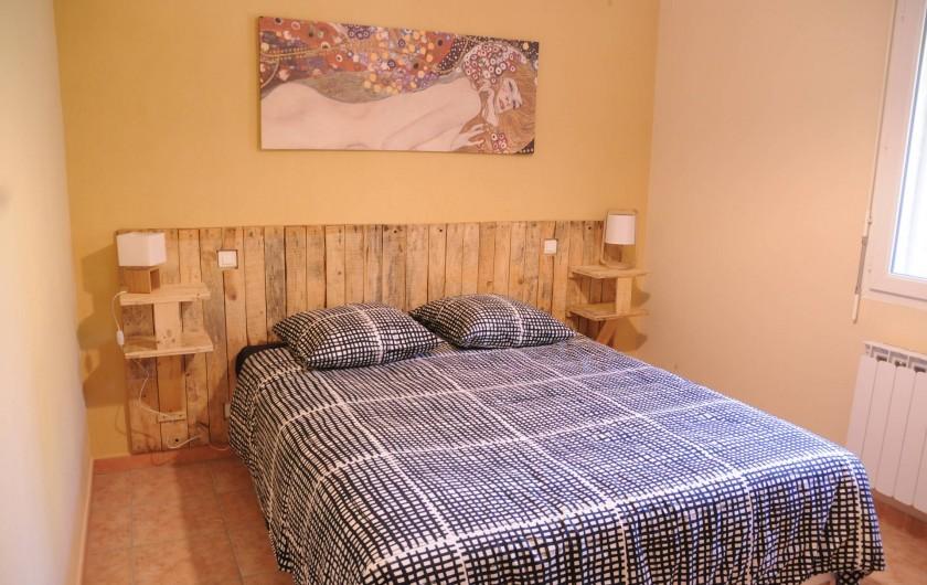 Location de vacances - Mas à Althen-des-Paluds - chambre 1 avec un lit en 160