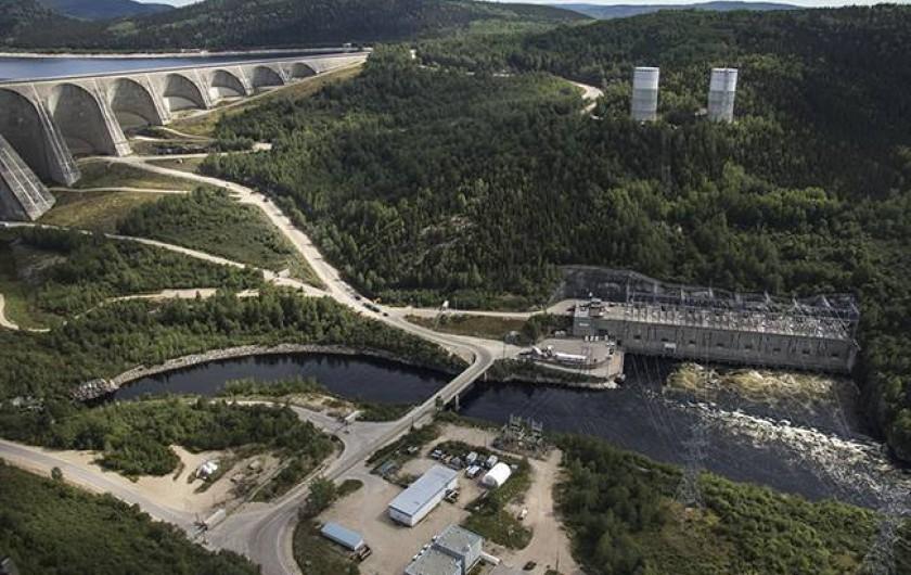Location de vacances - Chalet à Franquelin - Manic 5 , barrage Daniel Johnson