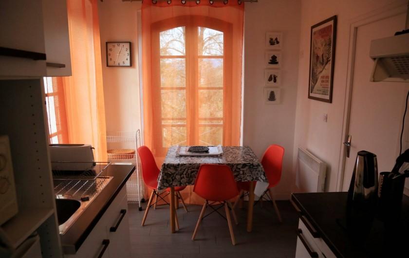Location de vacances - Villa à Aix-les-Bains - Cuisine du studio 1