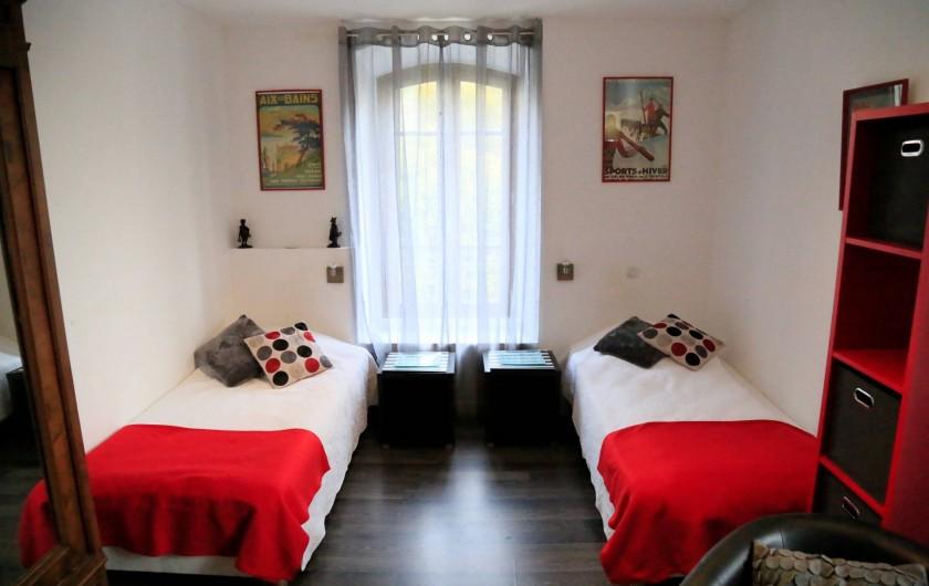 Location de vacances - Villa à Aix-les-Bains - La chambre avec coin salon tv du studio 3