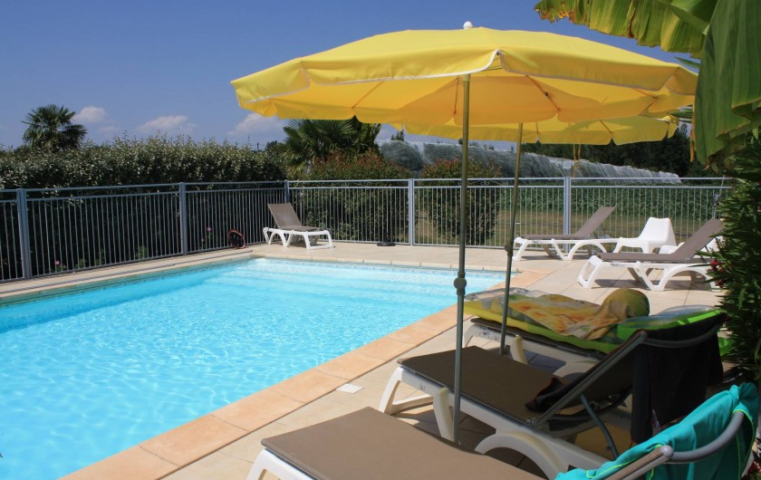 Location de vacances - Gîte à Lafrançaise - La piscine 10/5 avec marches, elle est sécurisée, pas de vis à vis.