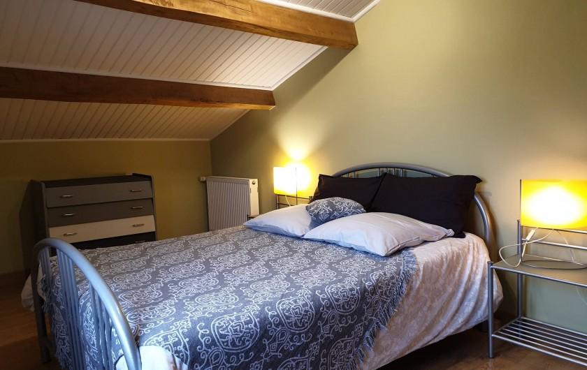 Location de vacances - Gîte à Lafrançaise - A l'étage chambre 1, climatisée un lit 140/190.