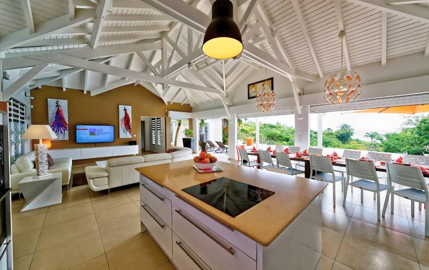 Location de vacances - Villa à Sainte-Anne - vue cuisine