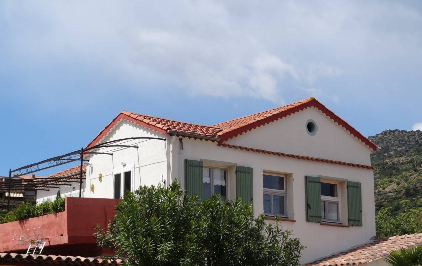 Location de vacances - Appartement à Le Lavandou - Vue d'en bas