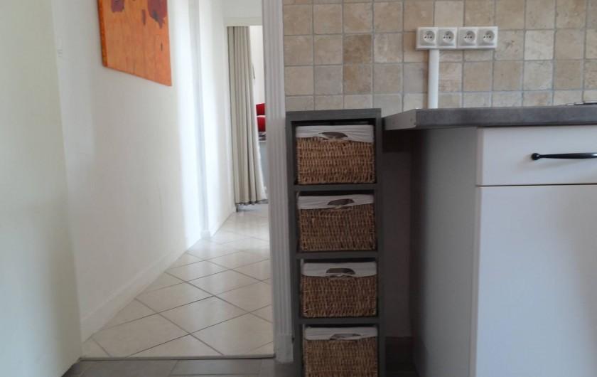 Location de vacances - Appartement à Le Lavandou - Couloir