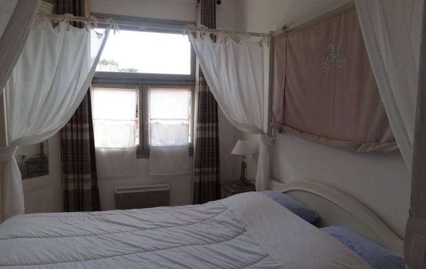 Location de vacances - Appartement à Le Lavandou - CHAMBRE lit 160
