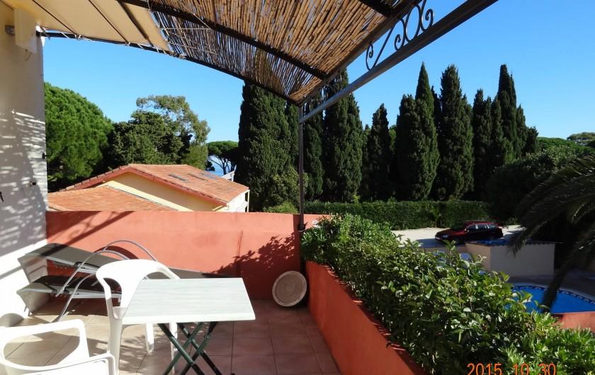 Location de vacances - Appartement à Le Lavandou - TERRASSE SUD