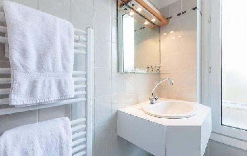 Location de vacances - Studio à Saint-Malo - la salle d'eau