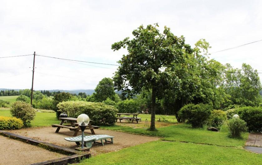 Location de vacances - Gîte à Fournet-Blancheroche - Terrain de pétanque et pique-nique.