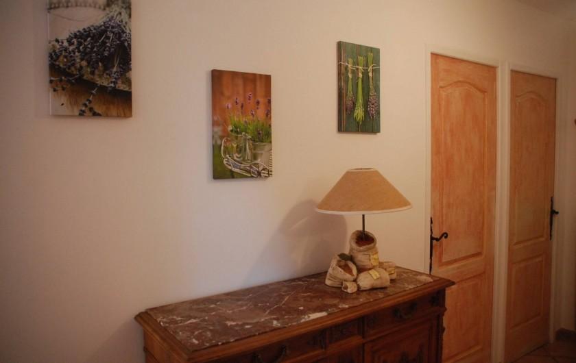 Location de vacances - Villa à Le Puy-Sainte-Réparade - entree