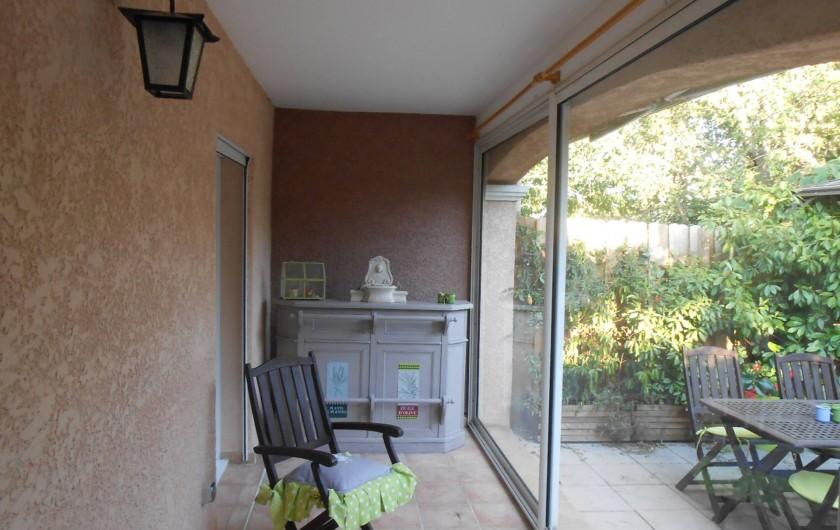 Location de vacances - Villa à Le Puy-Sainte-Réparade - veranda