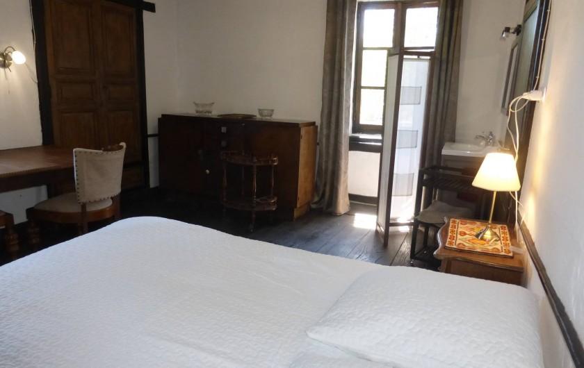 Location de vacances - Gîte à Saint-Hilaire-Peyroux - une autre chambre parentale