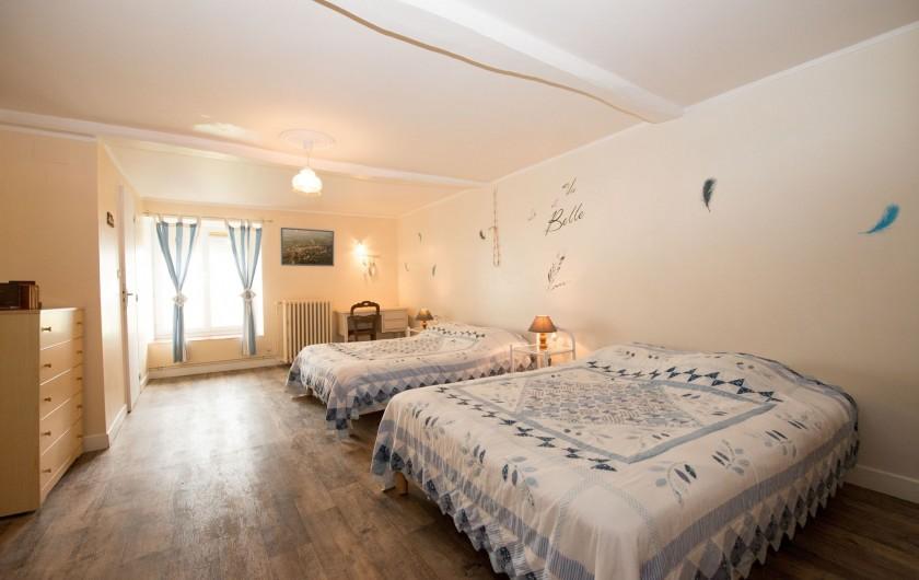 Location de vacances - Gîte à Girondelle - chambre 4personnes avec cabinet de toilette