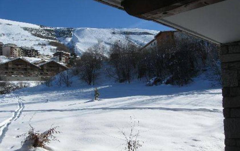Location de vacances - Appartement à Les Deux Alpes - vue du séjour