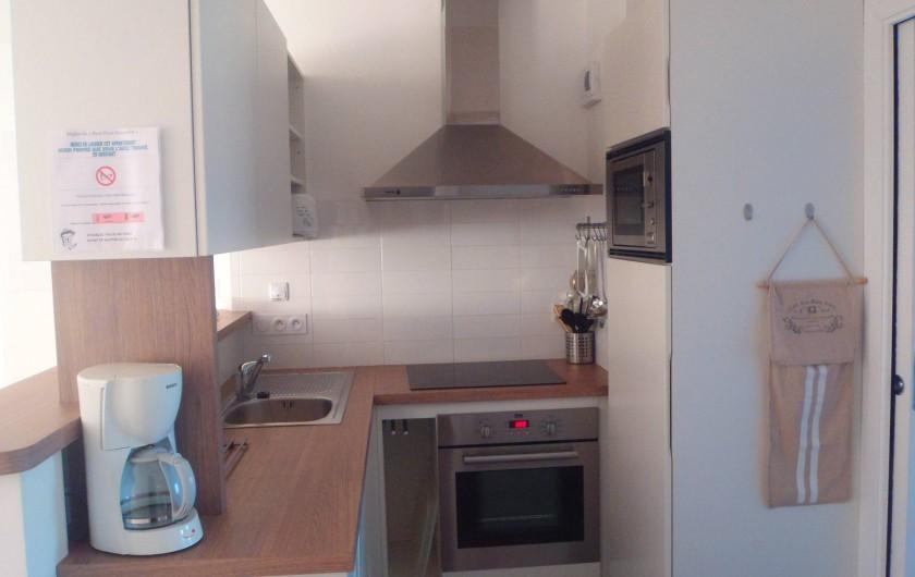 Location de vacances - Appartement à La Tranche-sur-Mer - cuisine appartement 50 m²
