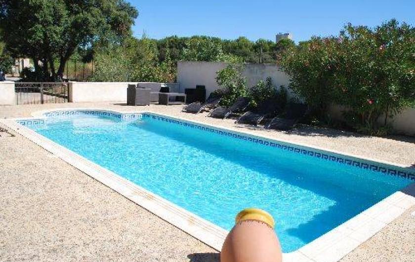 Maison de campagne ch teauneuf de gadagne dans le for Chateauneuf de gadagne piscine