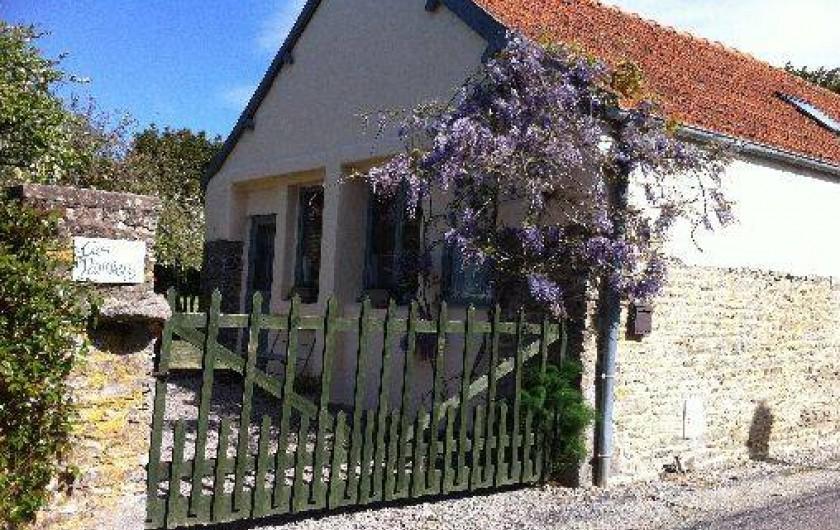 Location de vacances - Gîte à Saint-Georges-de-la-Rivière - maison en pierres