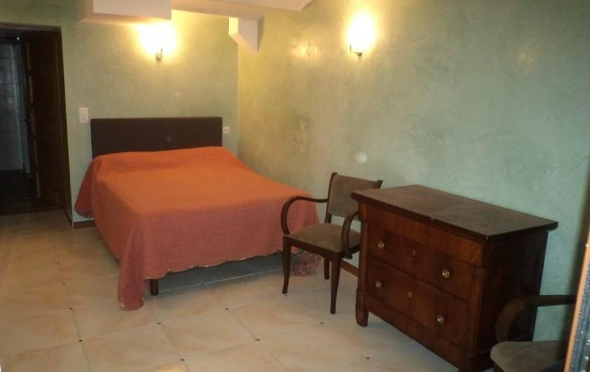 Location de vacances - Appartement à Saint-Ambroix - chambre