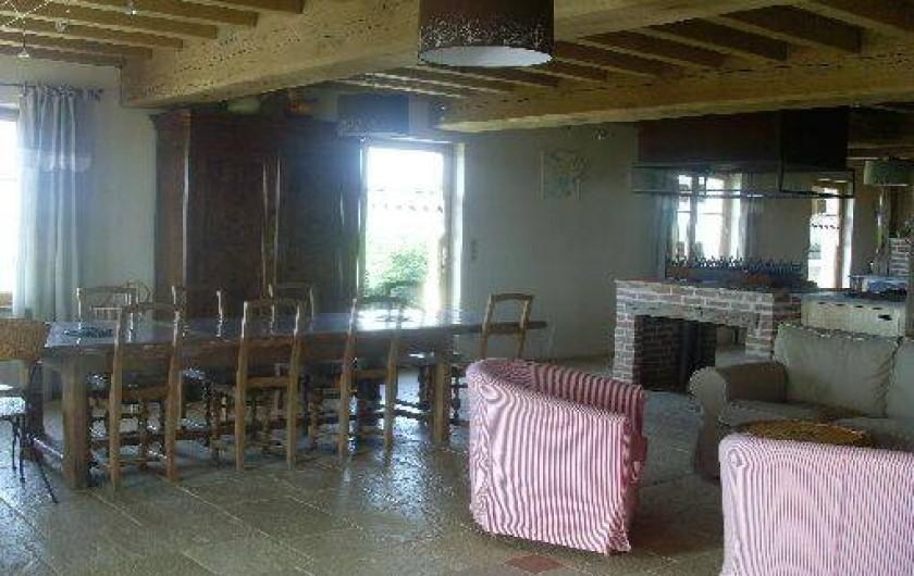 Location de vacances - Gîte à Pourlans - salle et salon