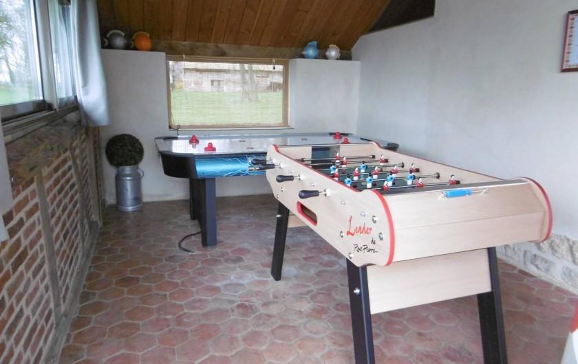 Location de vacances - Gîte à Pourlans - baby foot - table air hockey