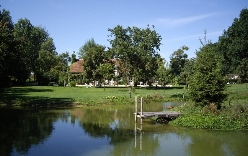 Location de vacances - Maison - Villa à Vitry-aux-Loges - Petit étang au fond du jardin