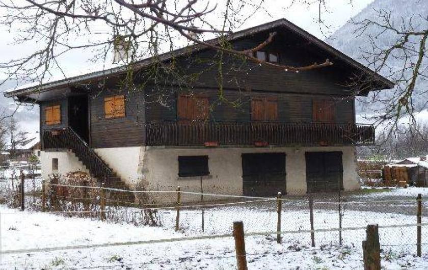 Location de vacances - Chalet à Alex - chalet l'hiver