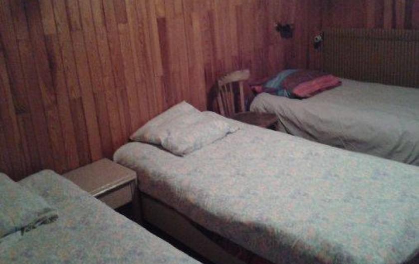 Location de vacances - Chalet à Alex - chambre 3 : 3 lits simples 0.90 cm