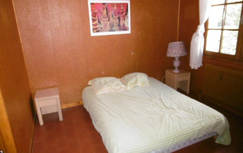 Location de vacances - Chalet à Alex - chambre 2 : 1 lit double de 140 cm