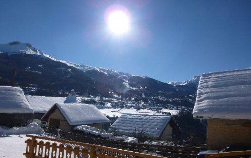 Location de vacances - Maison - Villa à Les Orres - Vue sur les cimes enneigées