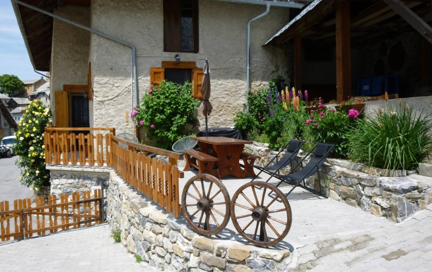 Location de vacances - Maison - Villa à Les Orres - La terrasse en été