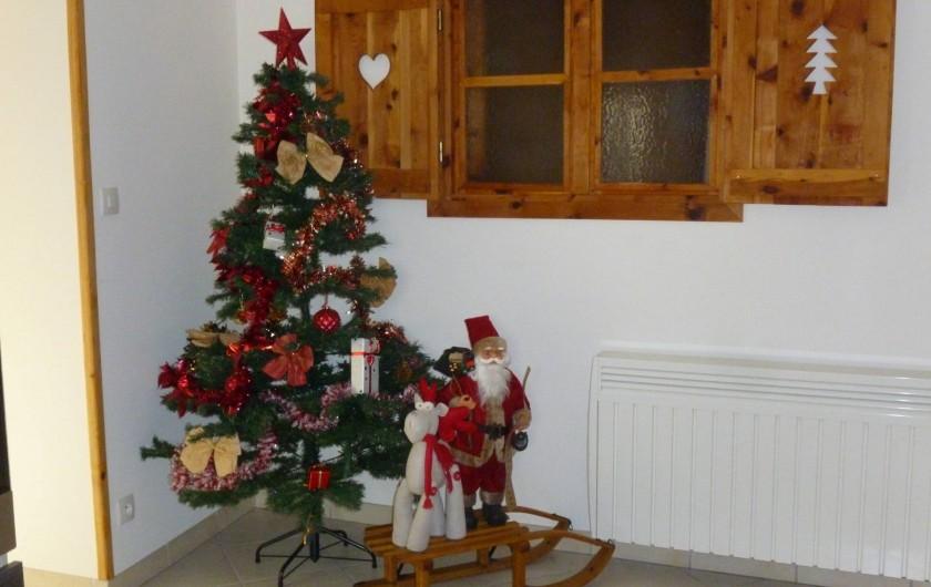 Location de vacances - Maison - Villa à Les Orres - Noel Jour de L'An, le sapin est fait !