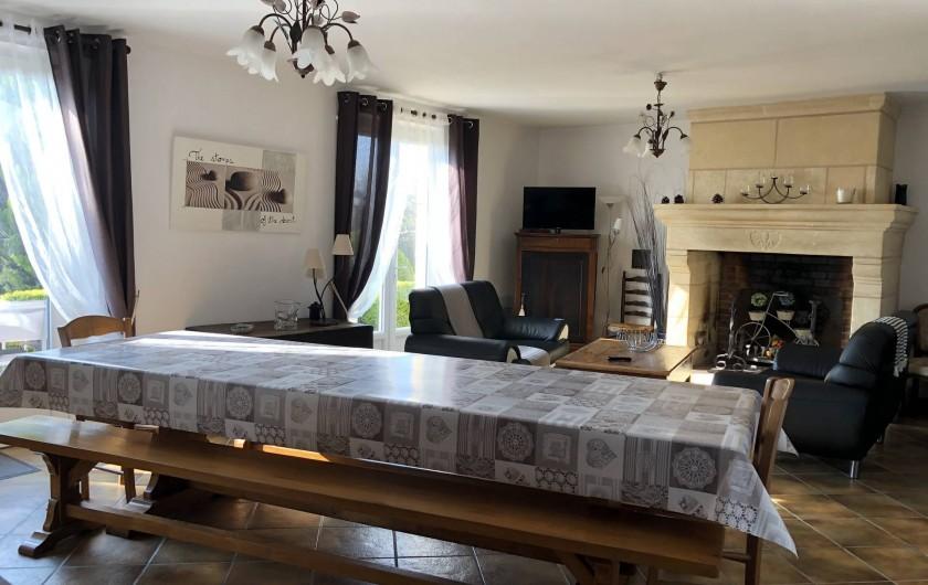 Location de vacances - Villa à Proissans - Le séjour