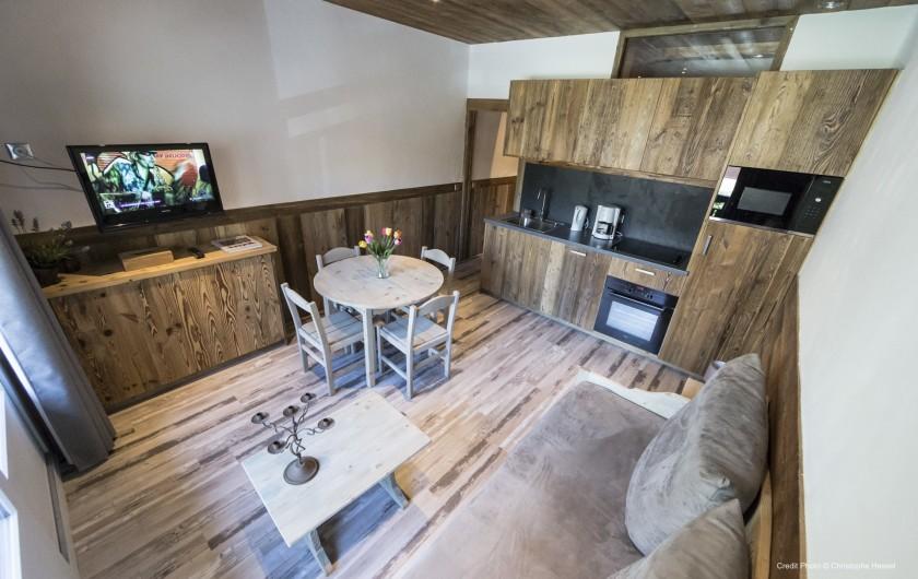 Location de vacances - Appartement à Val-d'Isère - Cuisine / Salon
