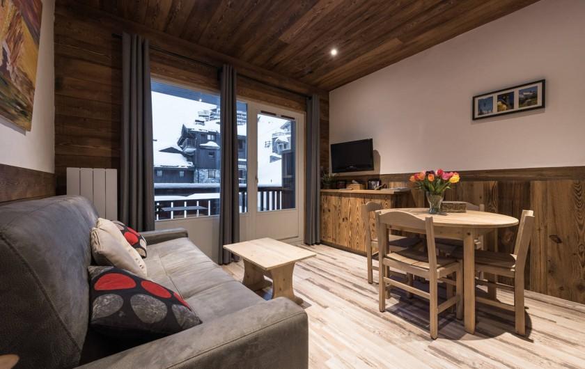 Location de vacances - Appartement à Val-d'Isère - Pièce de vie