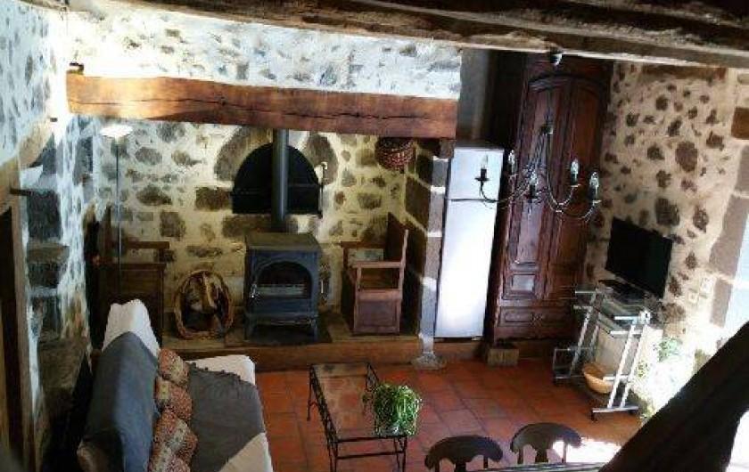 Location de vacances - Gîte à Aurillac - Le Canton et son Insert