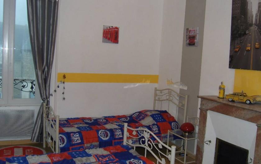 Location de vacances - Gîte à Sainte-Honorine-des-Pertes - Chambre du Gîte B au 1er étage