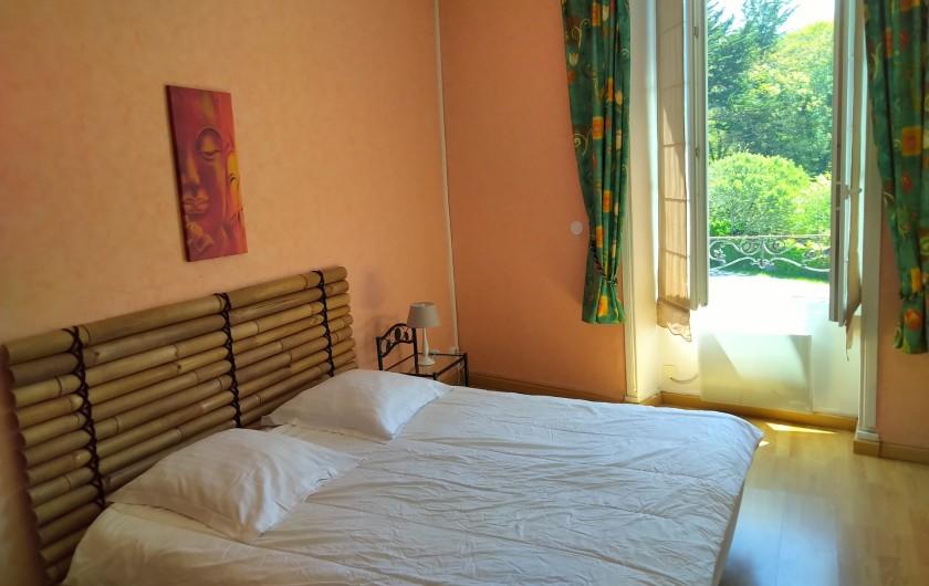 Location de vacances - Gîte à Sainte-Honorine-des-Pertes - Chambre au 1er étage du Gîte A