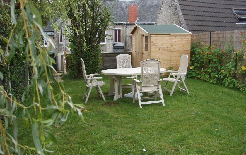 Location de vacances - Gîte à Sainte-Honorine-des-Pertes - Jardin du Gîte A