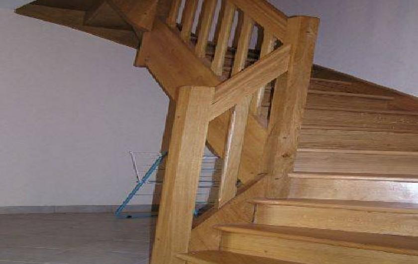 Location de vacances - Gîte à Raucoules - Escalier d'accés à l'étage