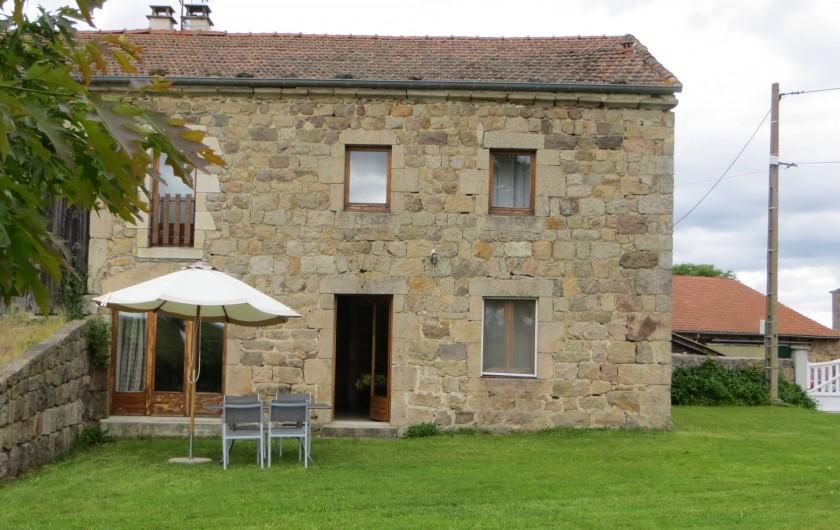 Location de vacances - Gîte à Raucoules - Façade sud du gîte