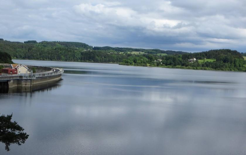 Location de vacances - Gîte à Raucoules - Barrage de Lavalette (distant d'environ 7km)