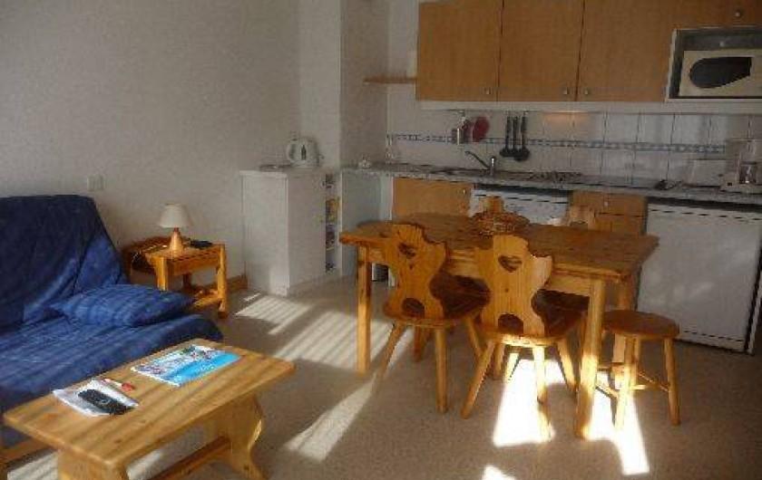 Location de vacances - Appartement à Valloire - SEJOUR ET COIN CUISINE