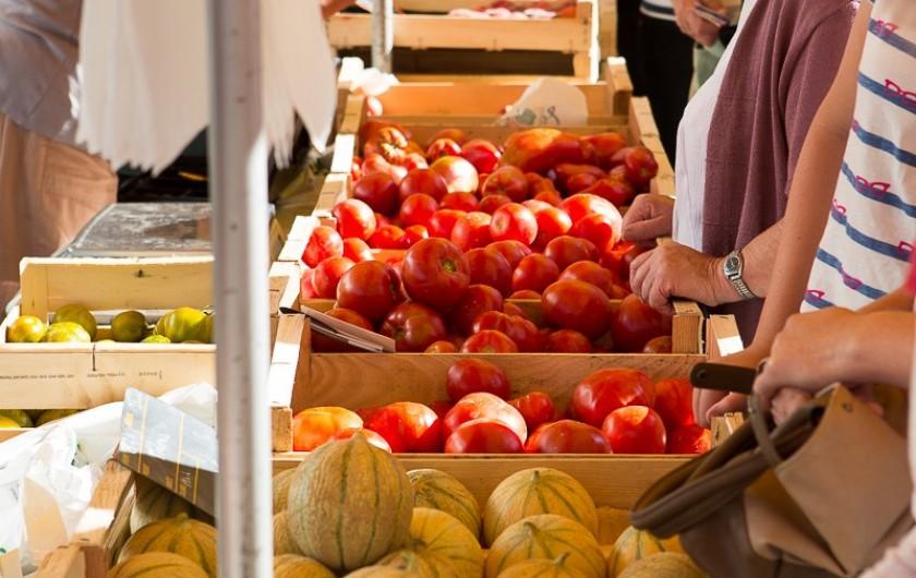 Location de vacances - Chalet à Rieupeyroux - Les marchés de Pays