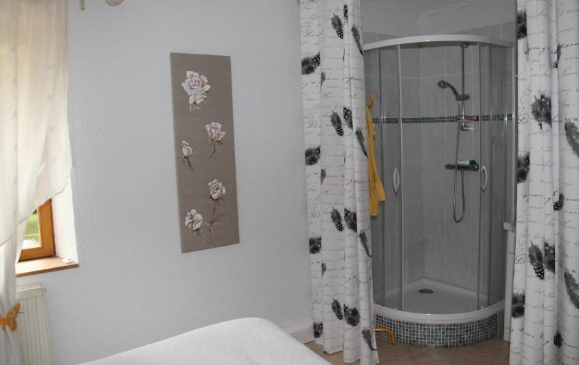 Location de vacances - Chambre d'hôtes à Étoile-sur-Rhône - salle d eau, romance