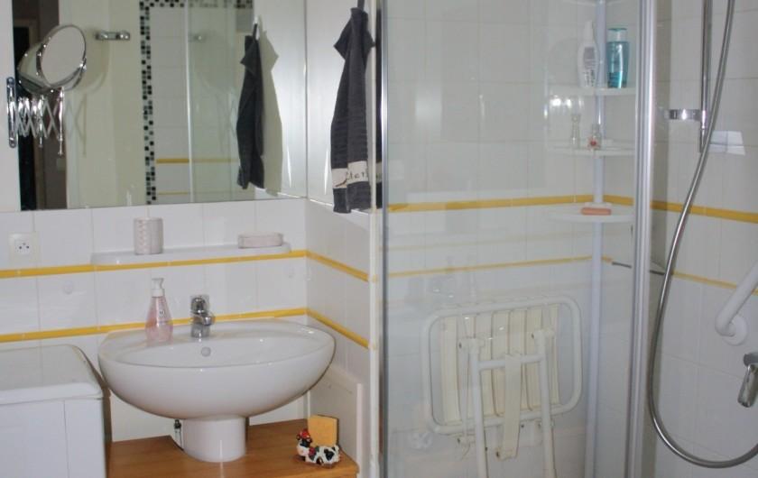 Location de vacances - Appartement à Séez - salle d'eau